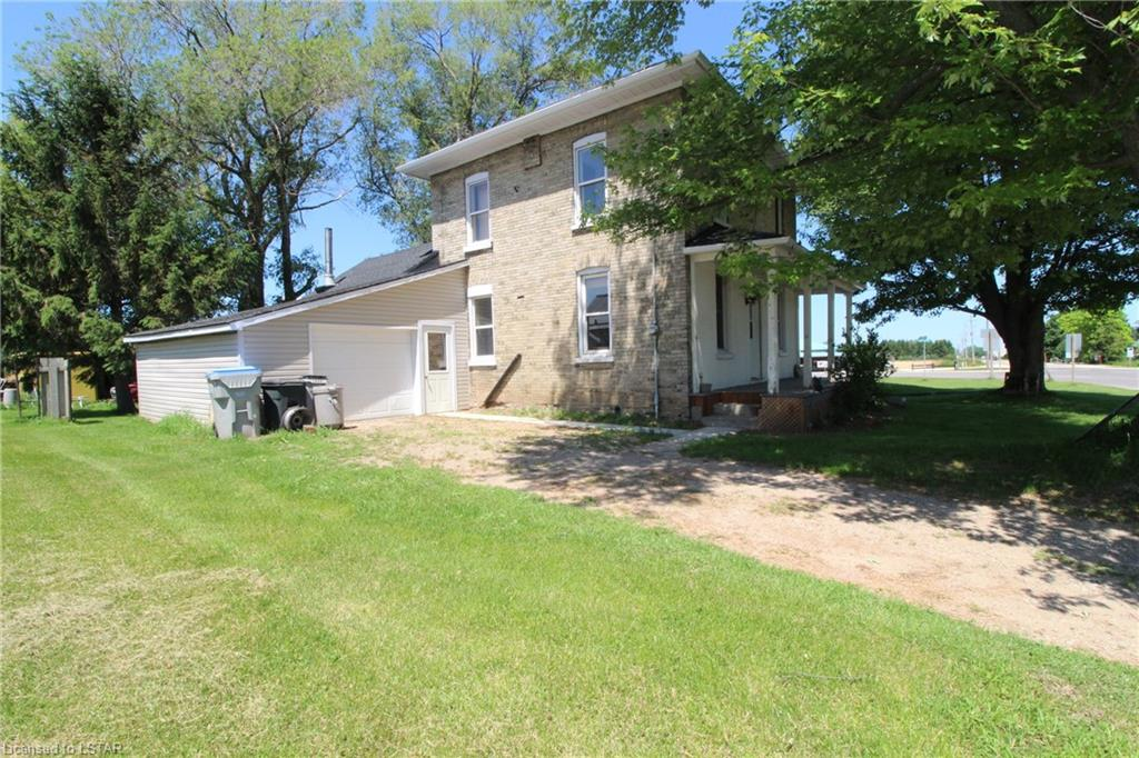 9185 IPPERWASH Road, Lambton Shores, Ontario (ID 205956)